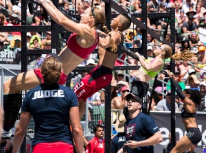 Games2012_womensfinal_floater_pullup
