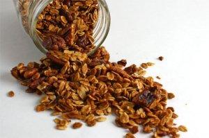 Maple Pecan Granola 500